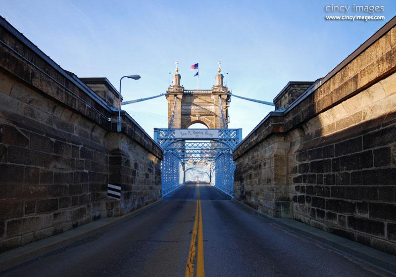 RoeblingBridge1m.jpg