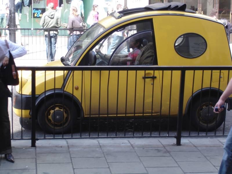 Funny man Funny car2