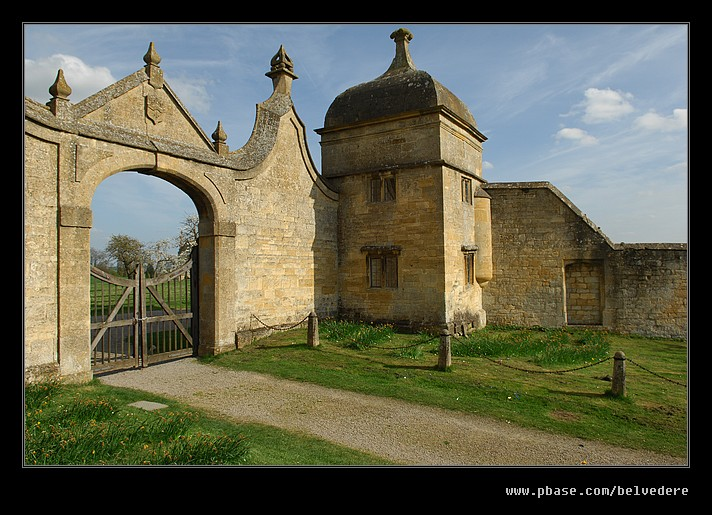 Campden House Gateway, Chipping Campden