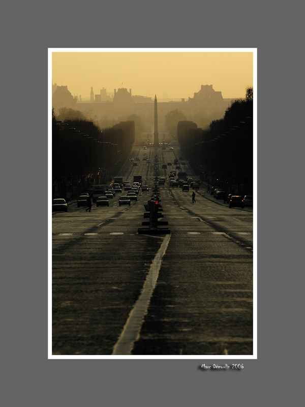 Champs Elysees at dawn