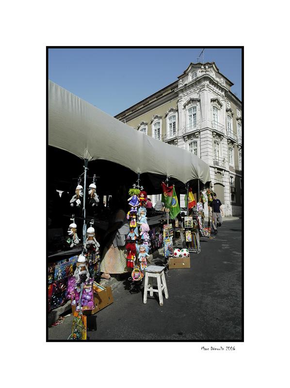 Lisboa, Alfamas flee market