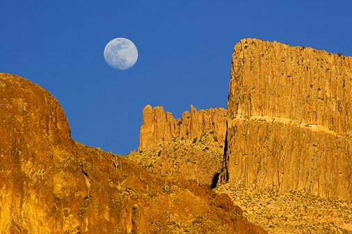 Moon Over Superstition Mountain2