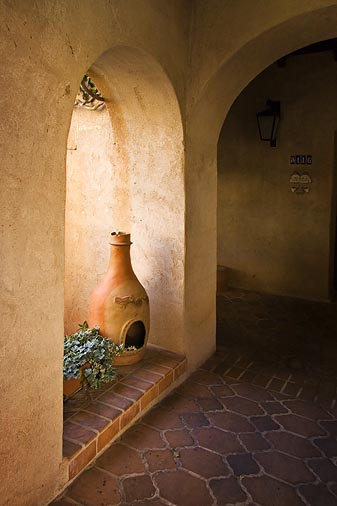 Tlaquepaque Arches 20060223