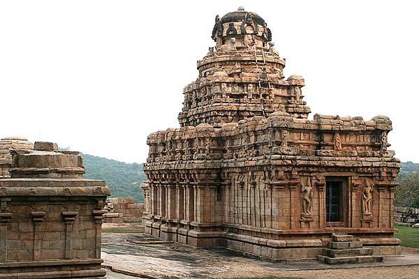 9th century Chola temple at Vijayalayacholeswara.