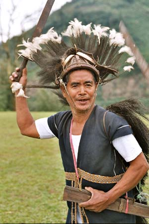 Minyong Taapu dancer
