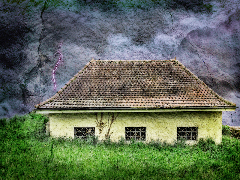 The small house which nothing could scare...