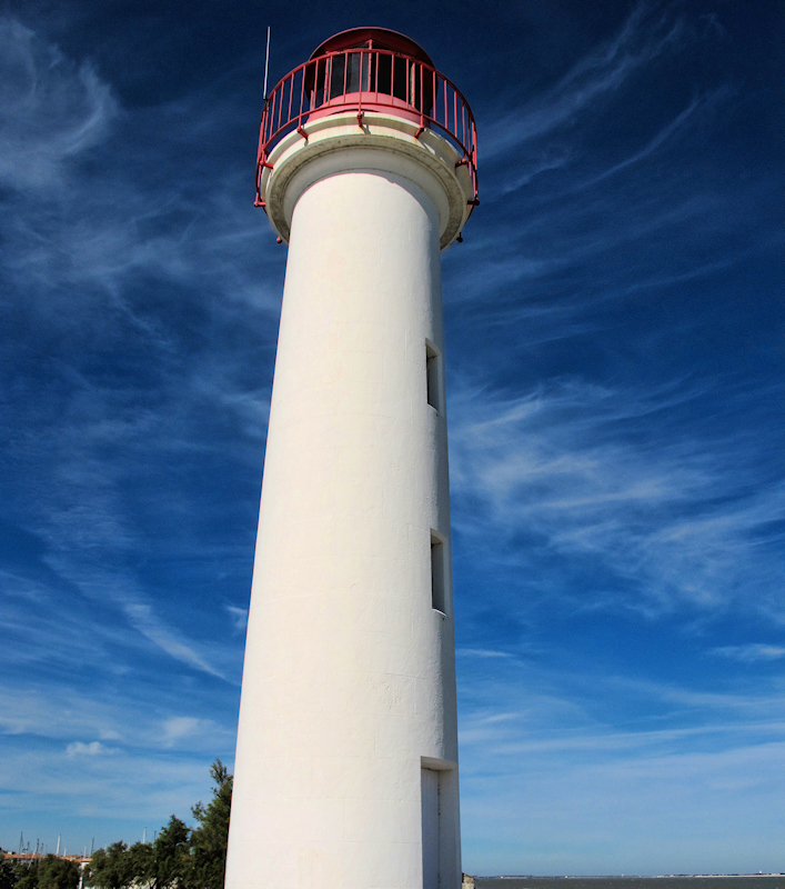 How could I be on an island without taking a  photo of a lighthouse?