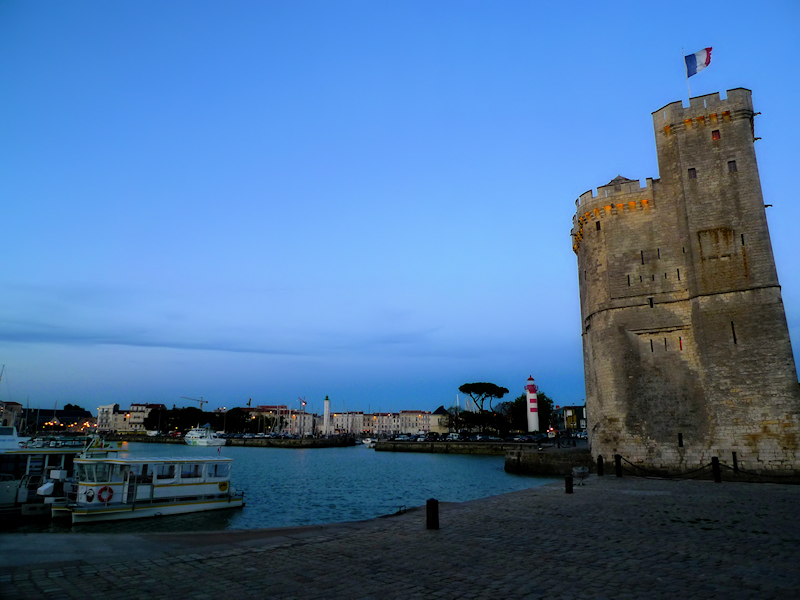 Wide angle lens makes La Rochelle looking like Pisa...
