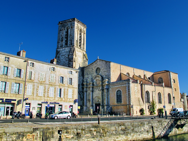 Saint-Sauveur Church - The most plagued by bad luck of all churches of La Rochelle!