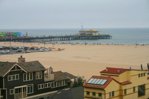3332 Santa Monica Pier.jpg