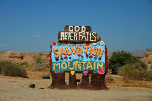 3752 Salvation Mountain sign.jpg