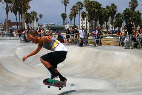 3980 Skateboarding in Venice.jpg