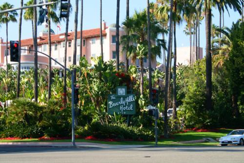 3997 Beverly Hills Hotel.jpg