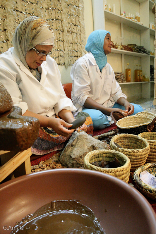 The production of argan oil by traditional methods