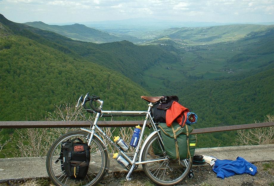 017  Rob - Touring France - Modified Bob Jackson touring bike