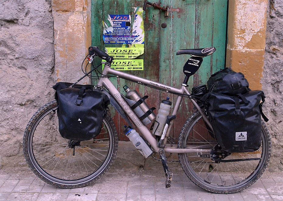 067  Marco - Touring through Italy - Santos Travel Master touring bike