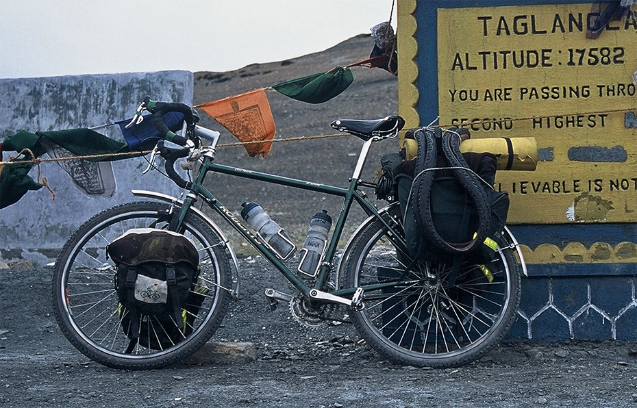 085  Stuart - Touring India - Roberts Roughstuff touring bike