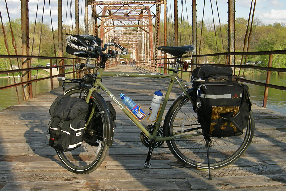 084  Alika - Touring Iowa USA - Surly Long Haul Trucker touring bike