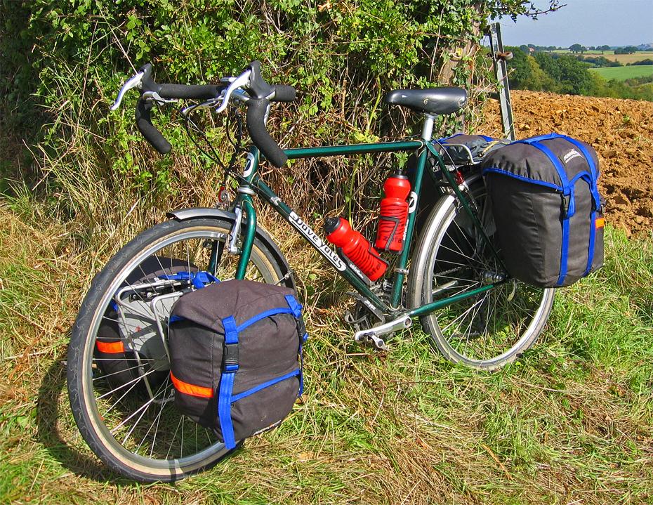 108  Ian - Touring the Uk - Dave Yates Touring touring bike