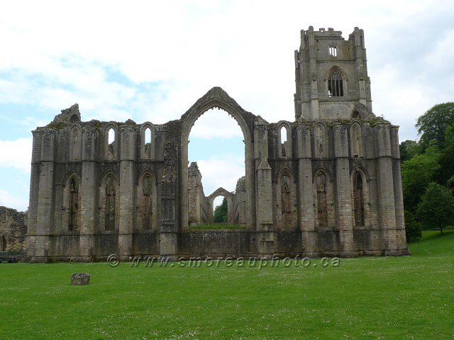 1080918Fountains Abbey.jpg