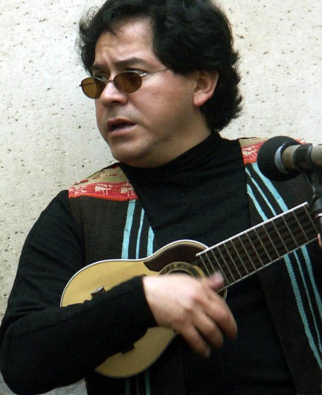 03 19 05 Andeanfusion band member,  San Antonio Riverwalk, A1.jpg