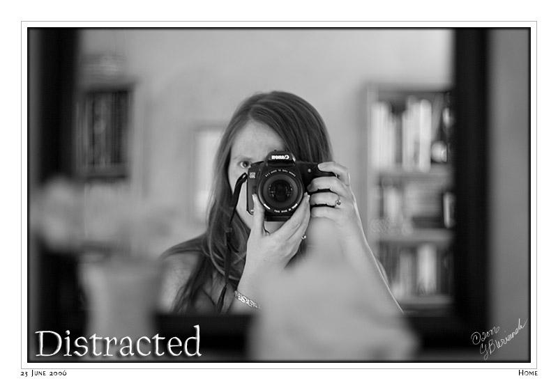 23Jun06 Distracted - 11807