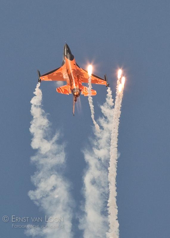 RNLAF F-16 Solo Display