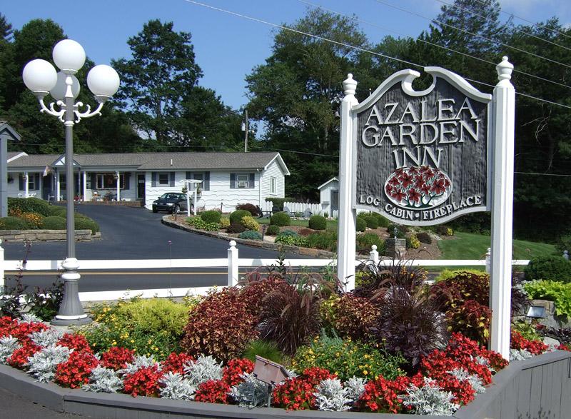 042 Azalea Garden Inn