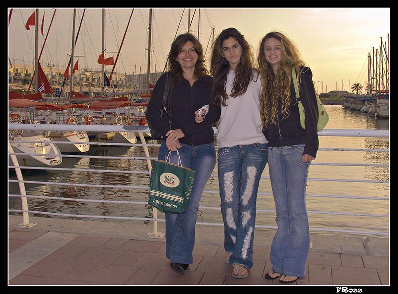 Jacky, Ella and May at Herzliya Marina at sunset