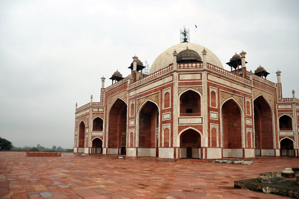 The inner structure of Humayuns Tomb