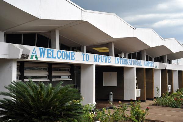 Mfuwe International Airport serving South Luangwa National Park
