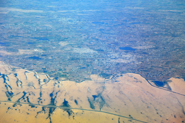 Turkmenistan/Uzbekistan border area - the fertile Amu Darya River valley