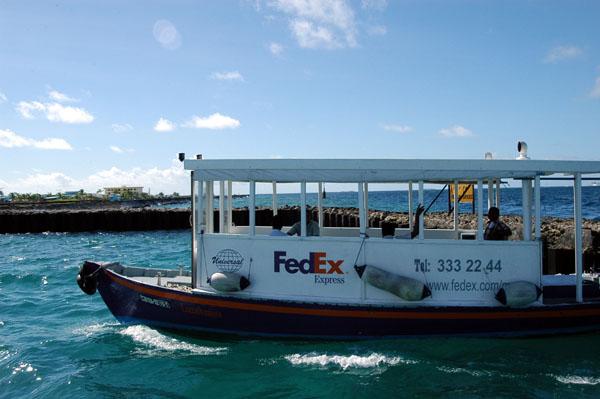 FedEx Maldives-Style