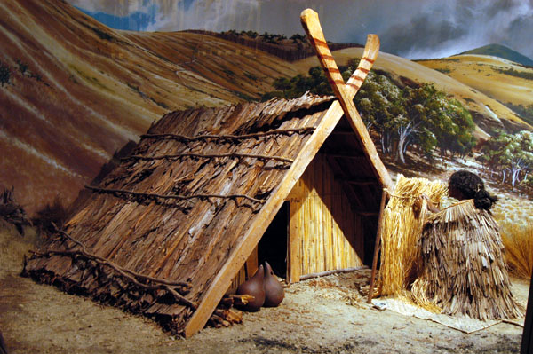 Primitive early Maori shelter, Canterbury Museum