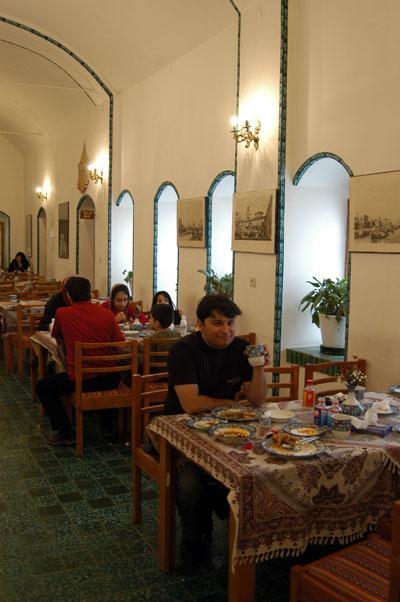 Restaurant at the Naein Tourist Inn