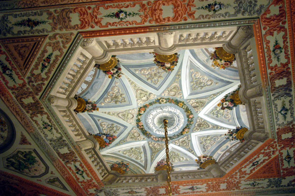 Ceiling in the Sultans Mothers suite