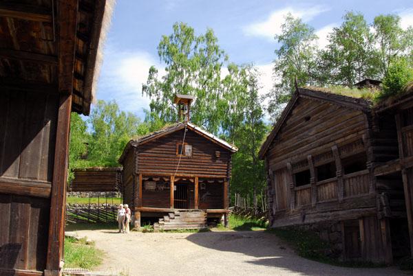 Bjørnstad-Hof, Maihaugen