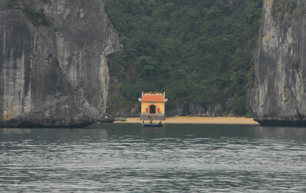 We did not see many structures built on land in Halong Bay