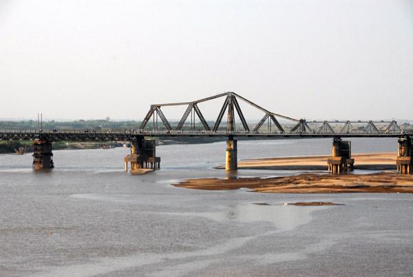 Long Bien Bridge over the Red River, Hanoi, seen from the Chuong Duong Bridge