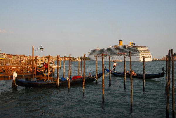 MS Costa Mediterranea dwarfing Venice
