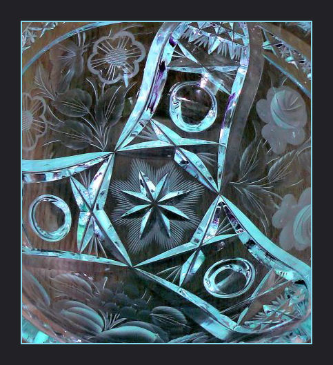Glass bowl detail