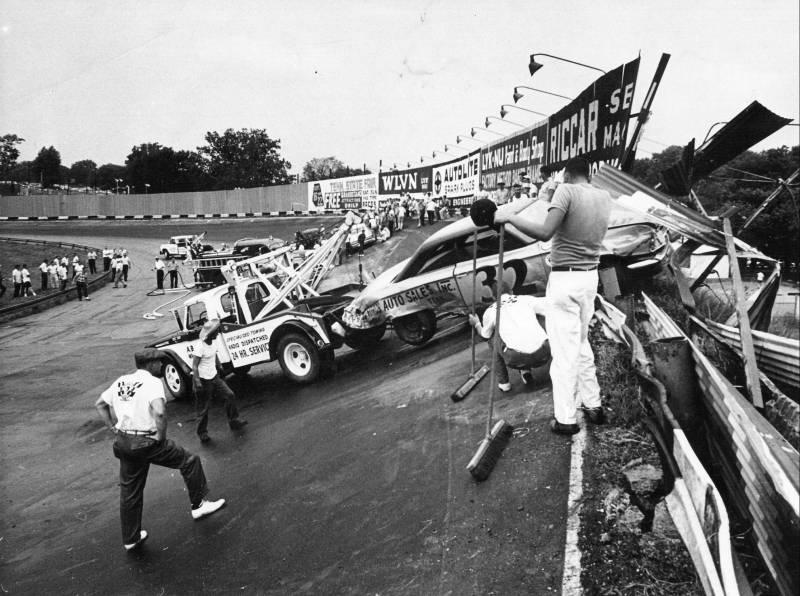 August 2, 1963 400 Tiny Lund crash