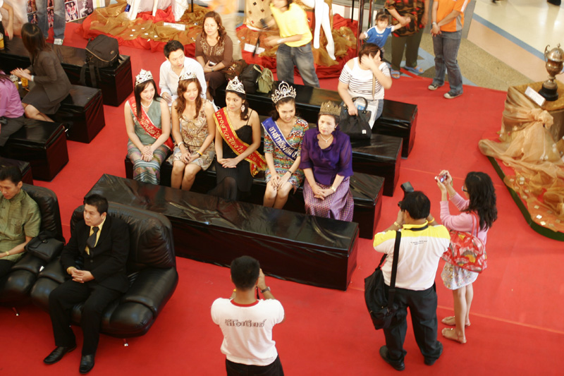 Ex Miss Chiang Mais on Display.jpg