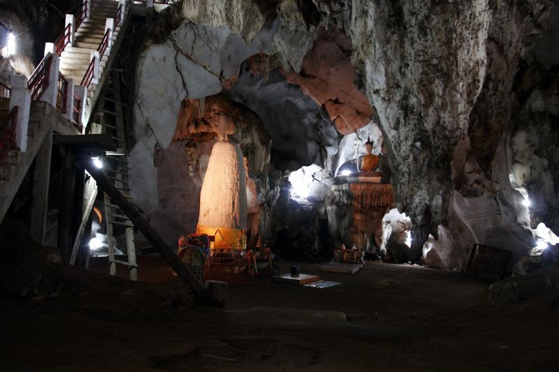 Cave Shrine 35.jpg