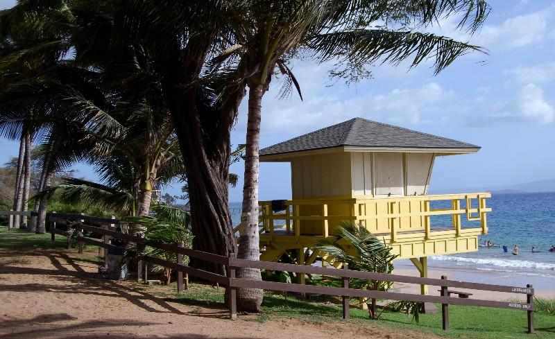 idilic lifeguard station