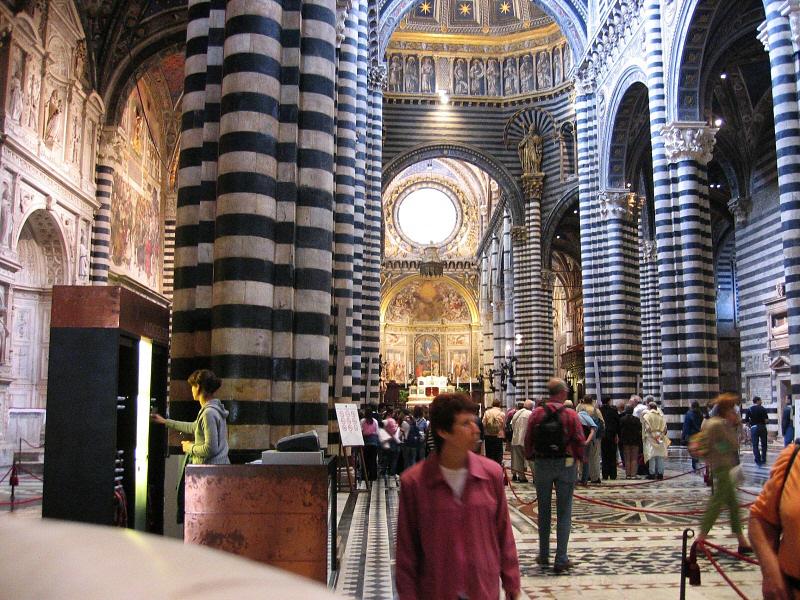 Inside Sienas startling Duomo (non-flash allowed)