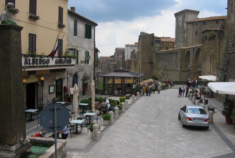 Leaving Hotel Guastini on the left, toward Montepulciano