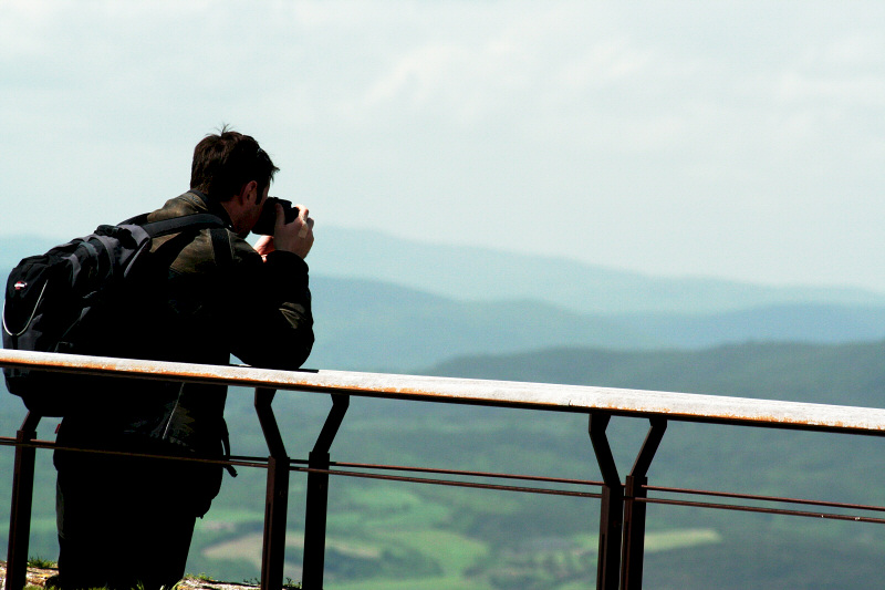 Just other photo buffs at viewing area