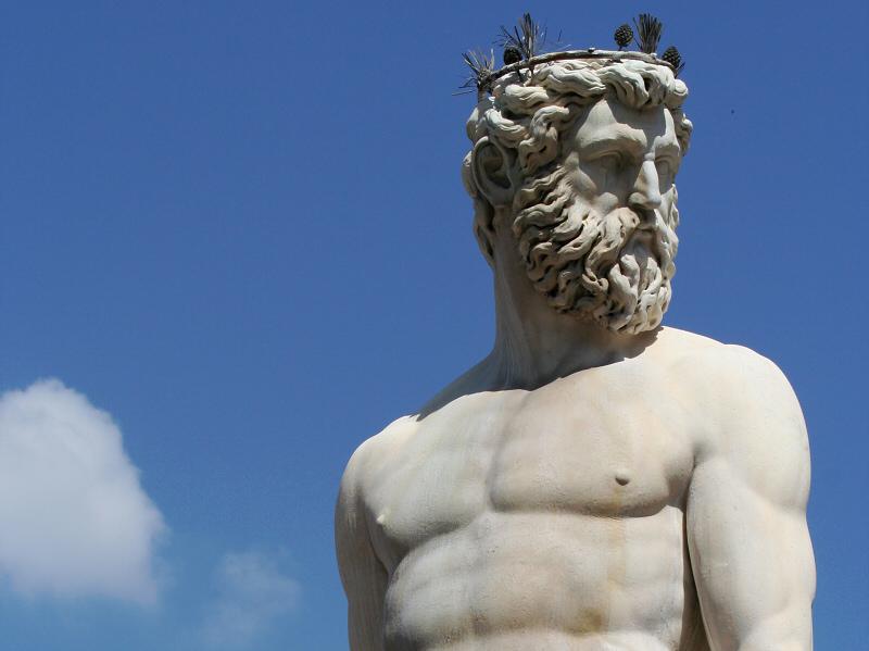 <a href=http://tinyurl.com/lb7hr target=_blank>Bartolomeo Ammannatis</a> Neptune, at Piazza della Signoria