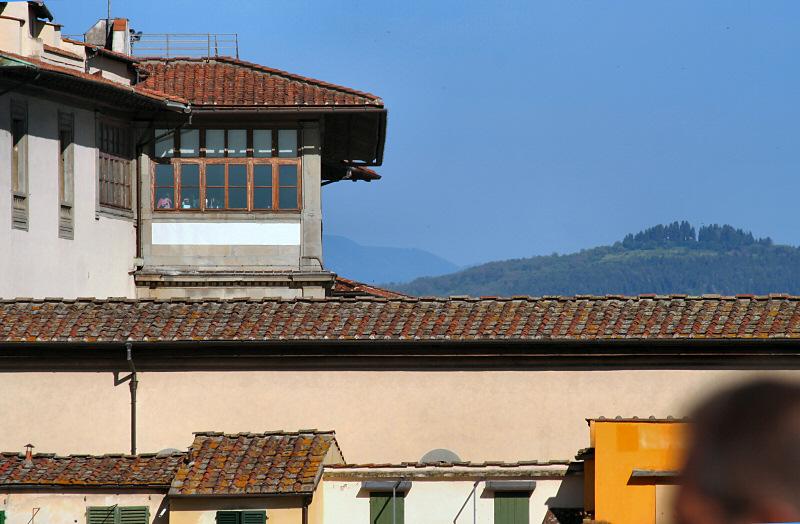 Uffuzi Museum windows above Ponte Vecchio